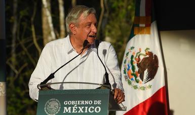 Yucatán tendrá dos centrales termoeléctricas, anuncia presidente López Obrador en Tinum