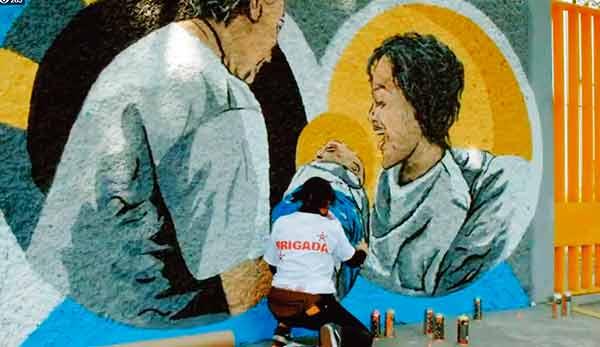 Inauguran mural en homenaje a enfermeras y enfermeros