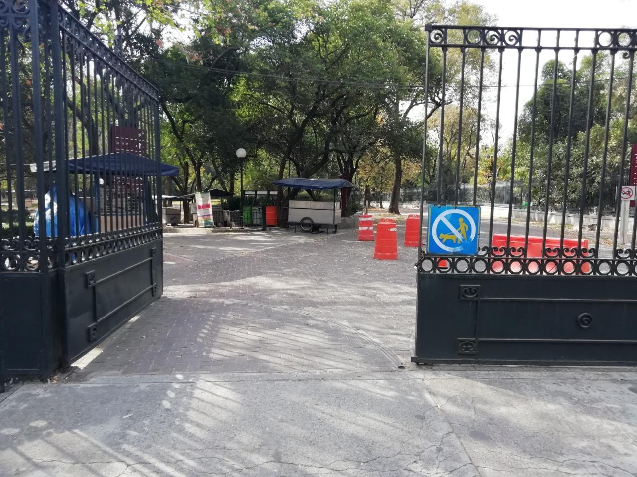 Historias en el metro - Las rejas de Chapultepec
