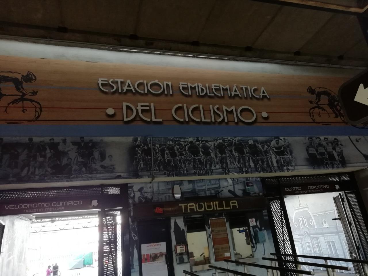 Historias en el metro - Sandalio