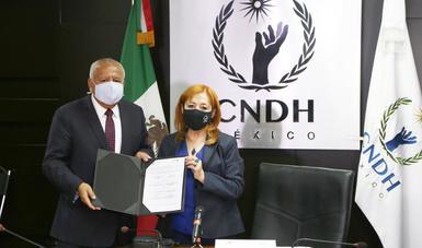 Establecen Instituto Nacional de Migración y CNDH convenio de colaboración en materia de derechos humanos en favor de personas migrantes