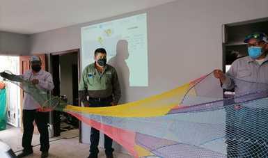 Rederos de Topolobampo acuden al llamado de convocatoria al curso-taller sobre los Dispositivos Excluidores de Tortugas Marinas (DET)