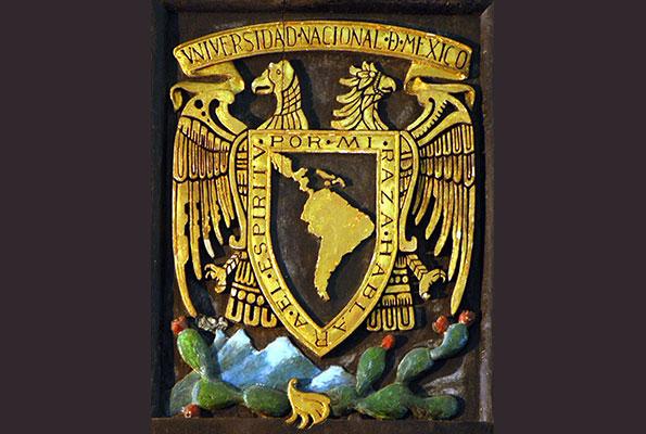 Símbolos de identidad universitaria, el escudo y lema de la UNAM cumplen cien años