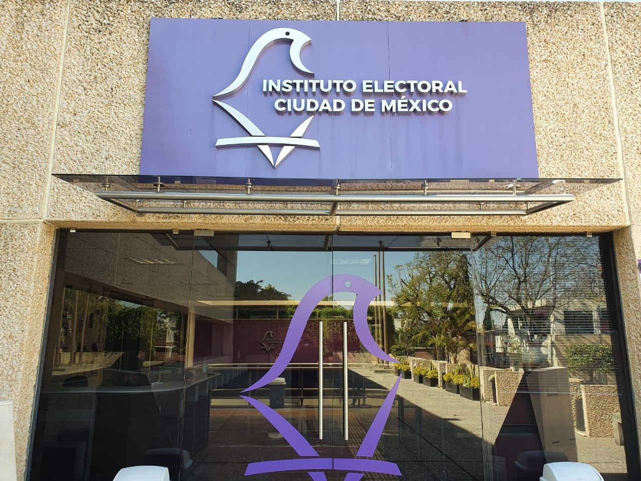 Reitera IECM compromiso con orden constitucional federal y local