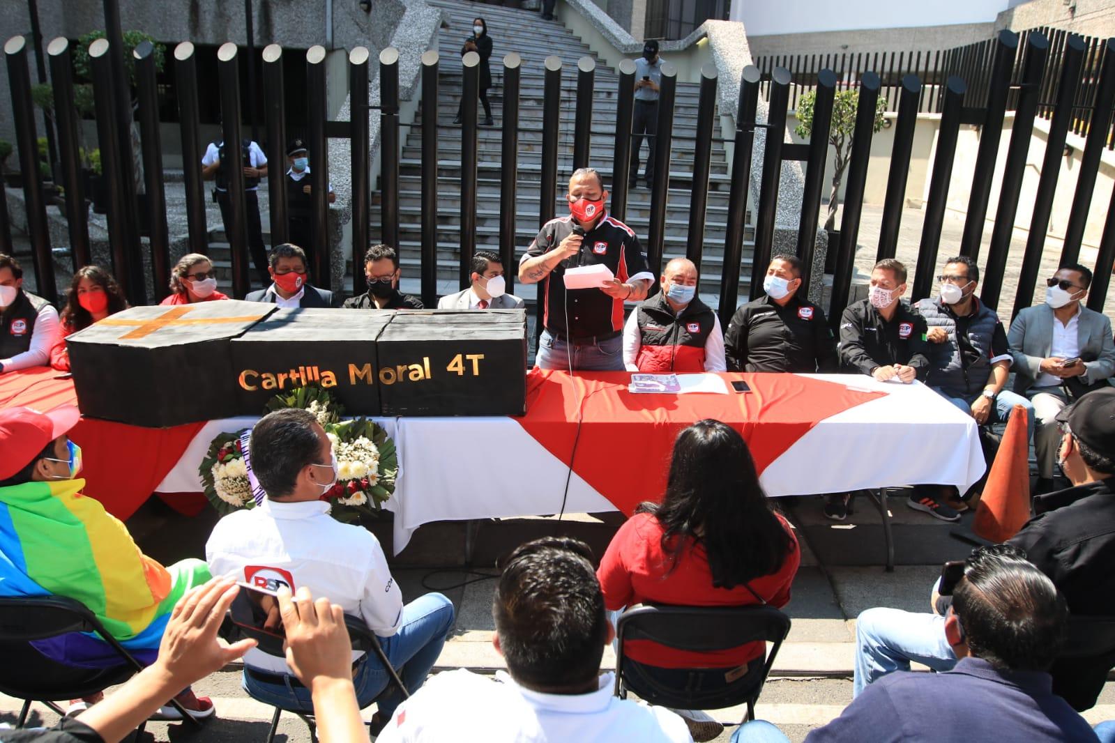 RSP denuncia a candidatos de Morena por uso de recursos públicos en campaña; piden intervención de AMLO
