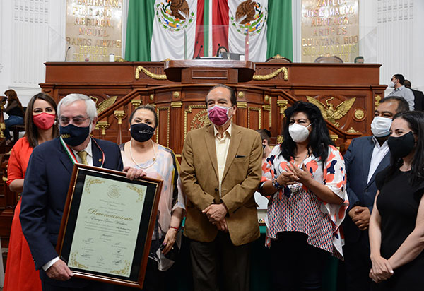 Reconocimiento del Congreso de la Ciudad de México al rector de la UNAM