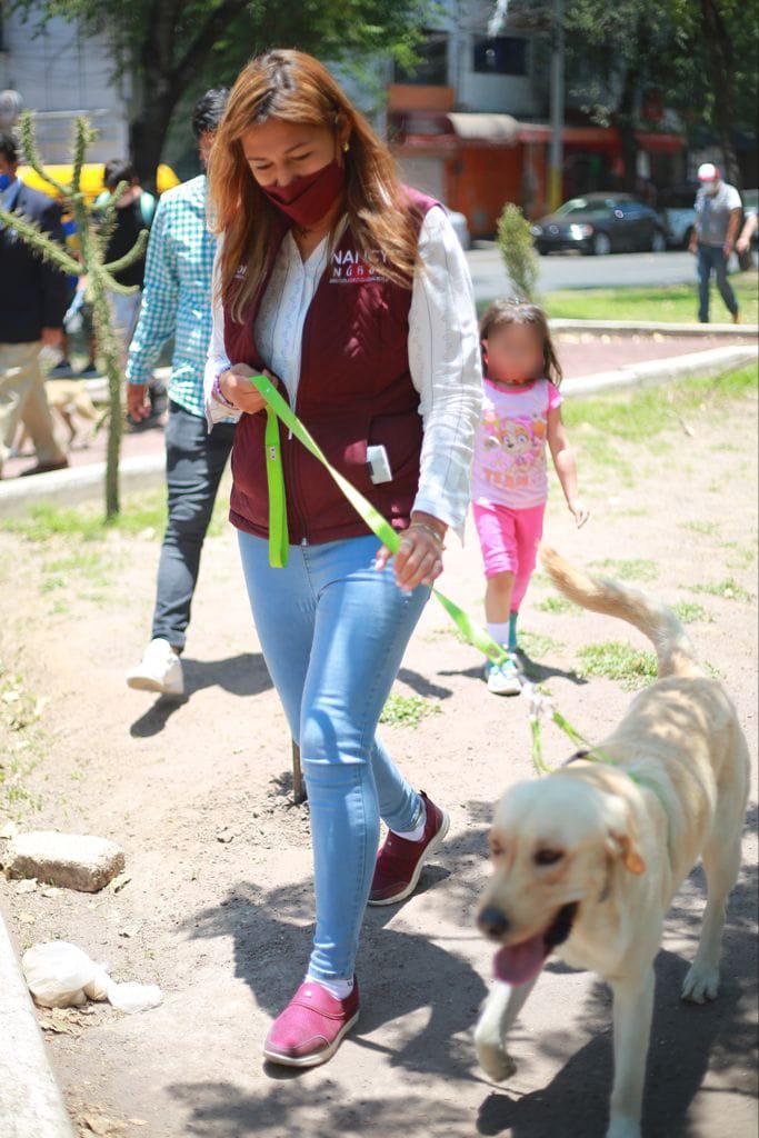 Firma candidata Nancy Núnez Decálogo de Compromisos para el Bienestar Animal