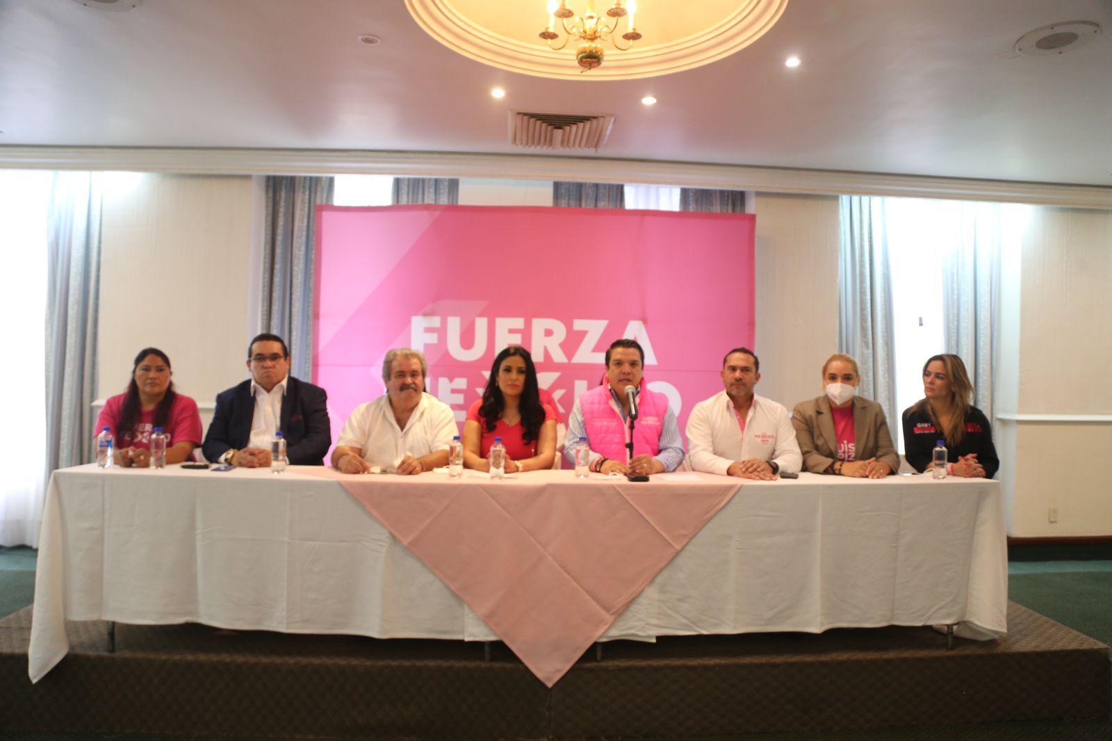 Se suman candidatos de otros partidos a Luisa Alpízar