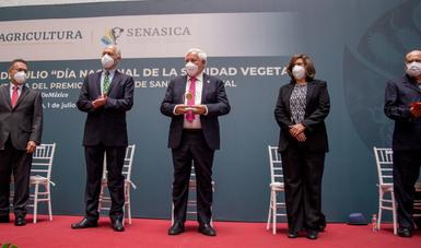 Entrega Agricultura Premio Nacional de Sanidad Vegetal 2021 a especialistas en control de plagas