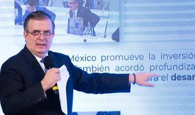 Gracias al envasado en México, se ha acelerado el abasto de vacunas contra COVID-19