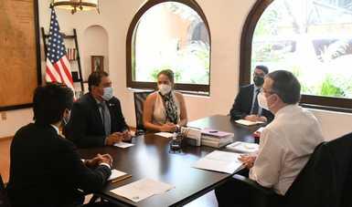 Secretario Marcelo Ebrard recibe al senador del estado de California, Ben Hueso