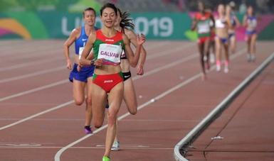 En debut olímpico, Laura Galván impone récord mexicano en 5 mil metros
