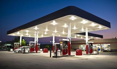 La Secretaría de Economía llama a empresarios gasolineros a denunciar posibles actos de corrupción