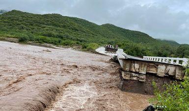 """Trabaja SCT en Evaluación Técnica para Reconstrucción de Puente """"El Quelite"""" tras colapso por intensas lluvias"""