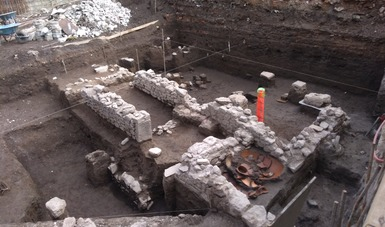 Arqueólogos del INAH encuentran indicios de resistencia cultural indígena tras Conquista, en la periferia de Zona Arqueológica de Tlatelolco