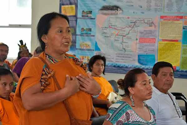 Mujeres indígenas desafían costumbres y tradiciones para lograr su desarrollo