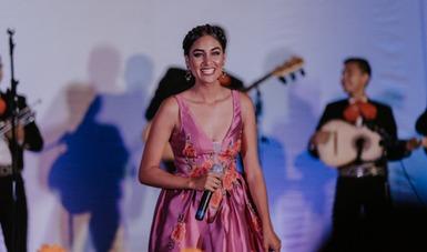 La cantante Mariana Flores ofrecerá en el Cecut el concierto Morena del alma