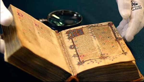 Restituir el pasado a un pueblo que podría no conocerlo, papel fundamental del historiador