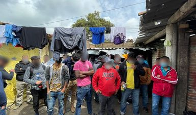Rescata INM a 133 personas migrantes en casa de seguridad en Puebla