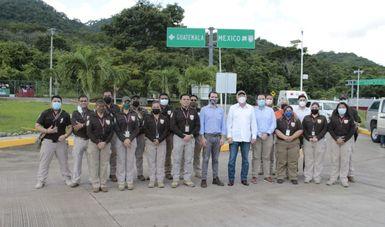 Visita y conoce embajador de Estados Unidos en México acciones migratorias en el sureste del país