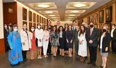 Canciller Marcelo Ebrard se reúne con senadores de la República para compartir resultados y retos de la política exterior mexicana