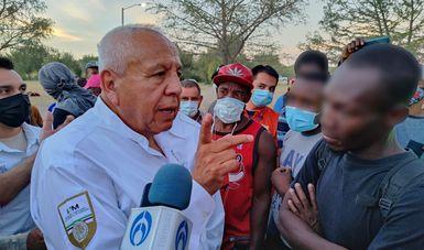 Coordina comisionado del INM tareas de atención a personas migrantes extranjeras en Ciudad Acuña