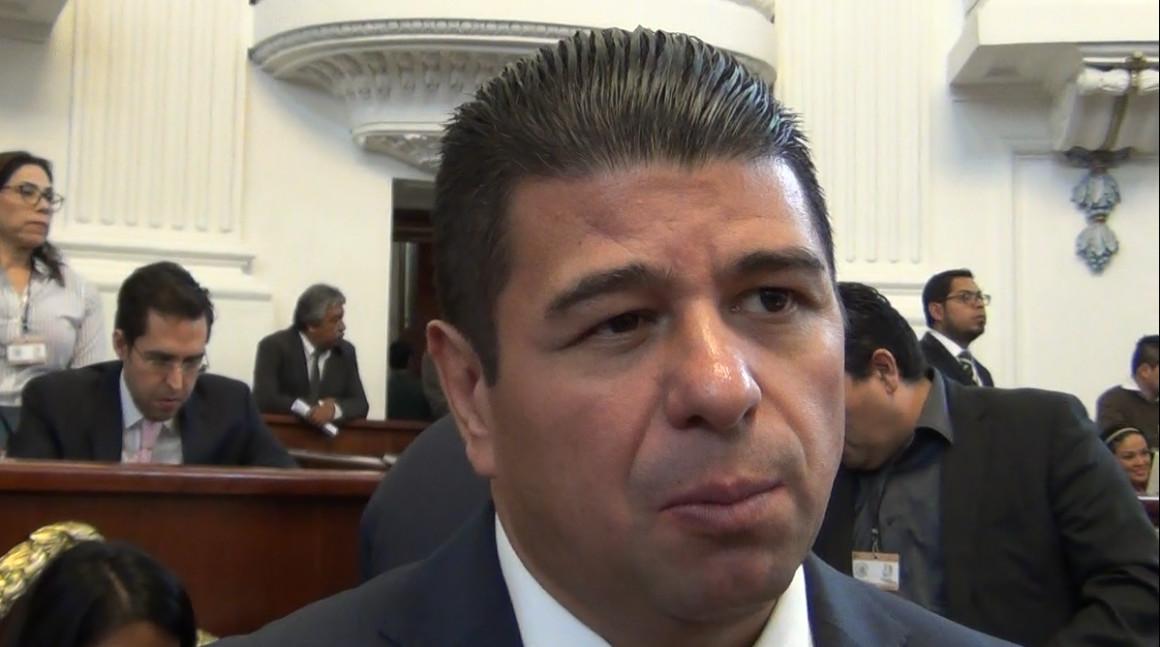 Foros de debate permiten a los legisladores conocer la visión de los jóvenes: Israel Betanzos Cortés