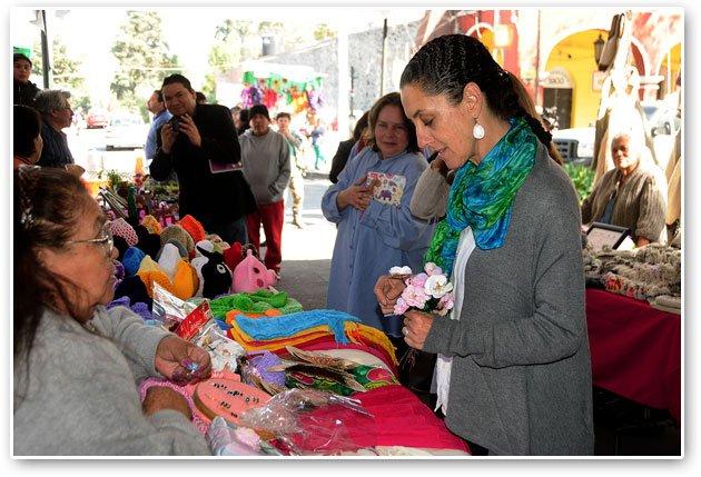 Impulsan productos y artesanías de Tlalpan en 'Feria Navideña 2015'