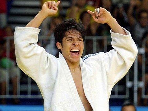 Va Eduardo Ávila por su tercer podio en Juegos Paralímpicos