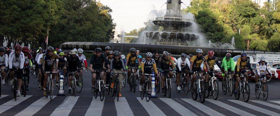 Participan alrededor de 7 mil ciclistas en Rodada Maratón 2015