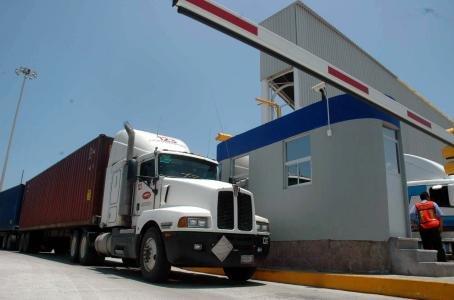EU RECIBE SOLICITUDES DE AUTOTRANSPORTISTAS MEXICANOS PARA SERVICIOS DE CARGA TRANSFRONTERIZOS