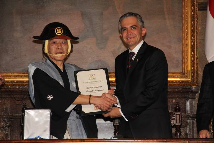 Mancera nombra huésped distinguido a embajador de Japón