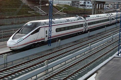 Fomento establece los servicios mínimos para la convocatoria de huelga en el transporte ferroviario