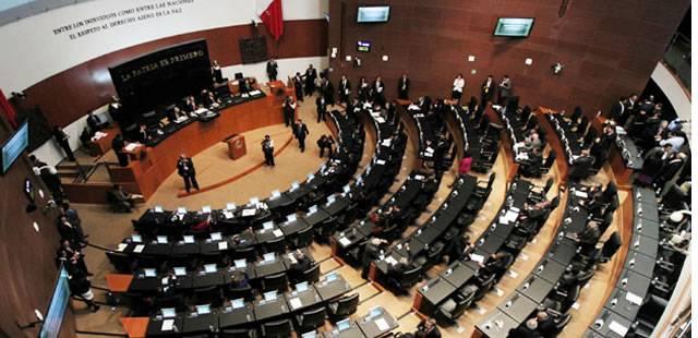 Senadores reconocen convenio para trabajadores temporales en California, EU