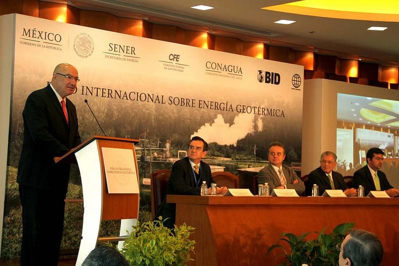 Apoya Semarnat transición hacia energía y combustibles limpios