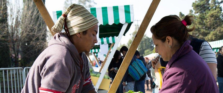 Asiste a la 8Aa edición del Mercado de Trueque en Vivero Nezahualcóyotl
