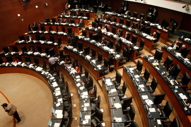 Recibe Senado solicitud de comisionados del IFAI para integrarse al nuevo órgano autónomo