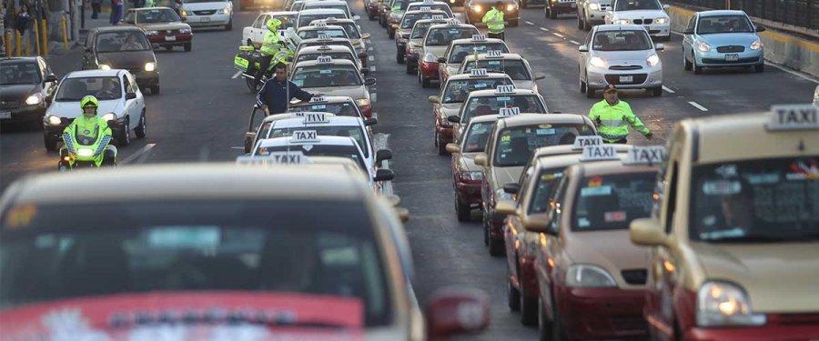 Se emite regulación para Uber y Cabify.
