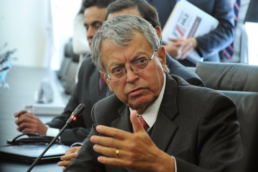 Fallece Manuel Camacho Solís (1946-2015)