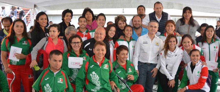 Entregan estímulos económicos para impulsar actividades deportivas en la CDMX