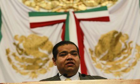 Ratifica Iván Texta ante ALDF solicitud de remoción de Rigoberto Salgado